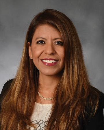 Juanita Vega - Country Financial Representative
