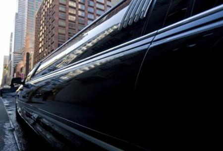 Executive 4 Star Limousine Lethbridge (877)329-3650