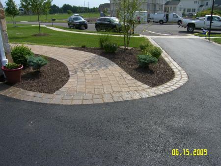 LLT Landscaping & Tree Service Corp. - Flemington, NJ 08822 - (908)310-3374 | ShowMeLocal.com