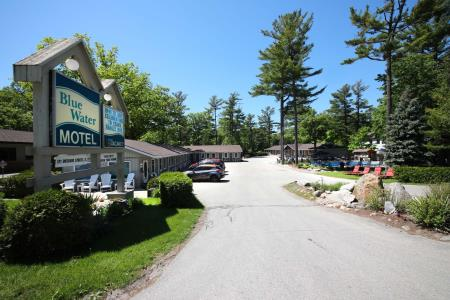 Blue Water Motel - Grand Bend, ON N0M 1T0 - (519)238-2014 | ShowMeLocal.com
