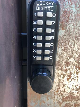 keyless install locksmith portland oregon Locksmith InK Portland (503)477-7378