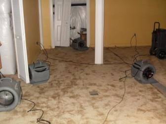 Wet Carpet Cleaning Flood Control Nashville (615)206-4918