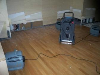 Water Damage Cleanup Flood Control Milford (203)347-4083