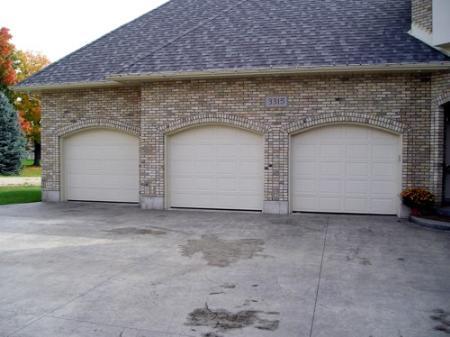 Dunwoody Garage Door - Dunwoody, GA 30346 - (404)369-5471 | ShowMeLocal.com
