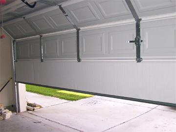 Woodbury Garage Doors Pro - Woodbury, NY 11797 - (516)882-1940 | ShowMeLocal.com