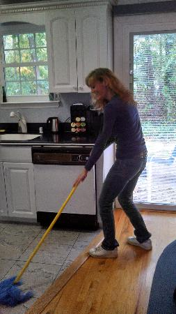 Long Island House Cleaning - Selden, NY 11784 - (631)512-8843 | ShowMeLocal.com