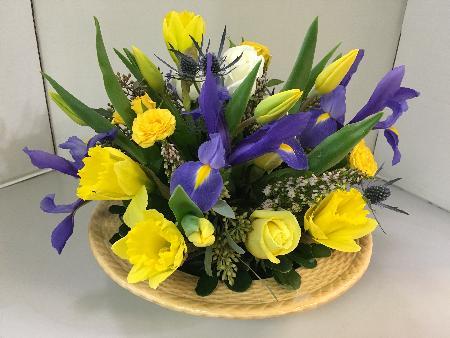 Blooms at the Hills Florist - Bedminster Township, NJ 07921 - (908)234-2900 | ShowMeLocal.com