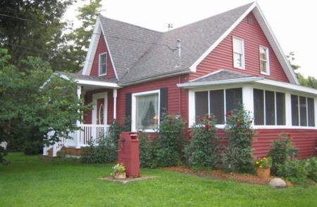 The Milkhouse B&B - Clinton, NY 13323 - (315)723-1760 | ShowMeLocal.com